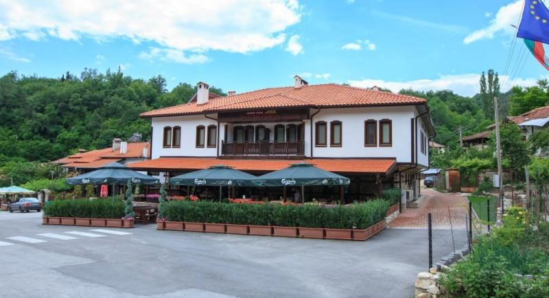 Винарна и хотел Златен Рожен - село Рожен